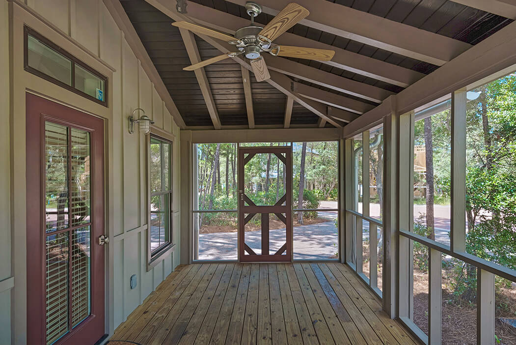 3Bed-outside-porch1