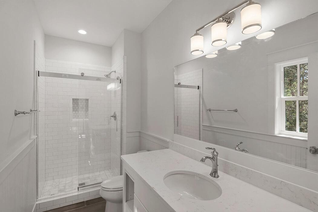 4bed-bathroom