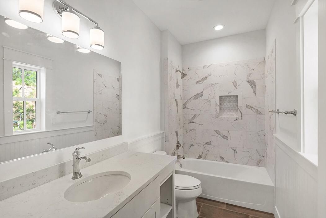 4bed-bathroom2